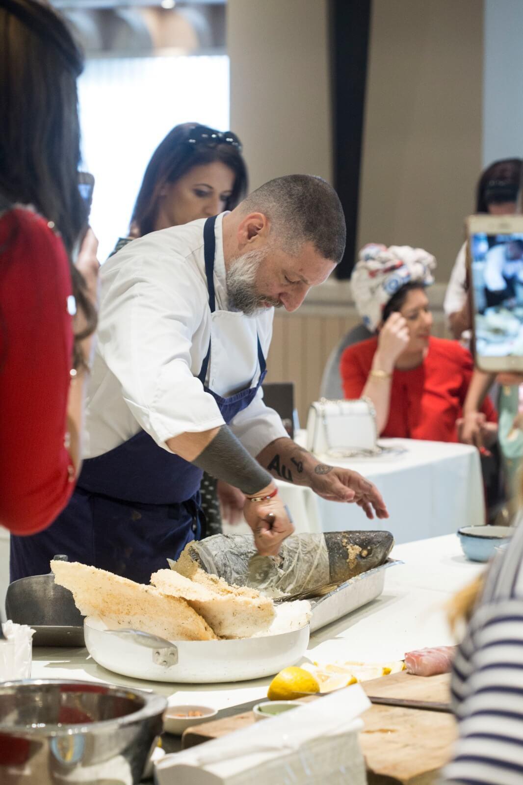 השף אסף גרניט העביר סדנת בישול לעיתונאיות חרדיות 7