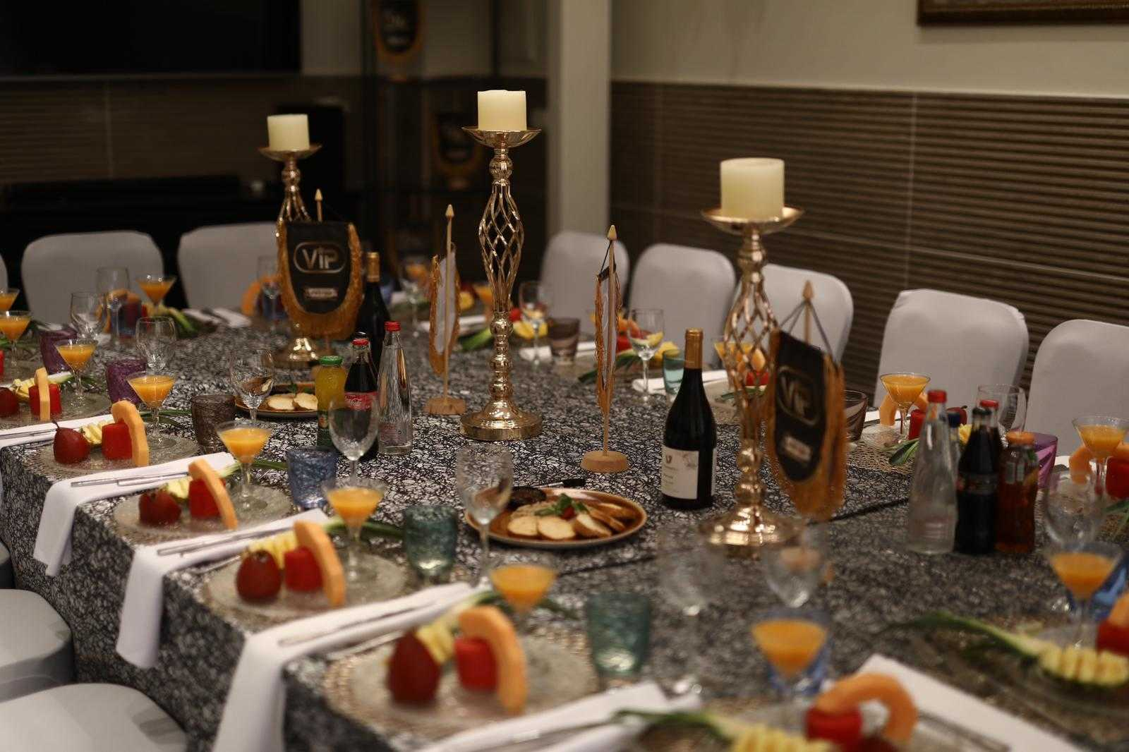 סיקור מצולם: עיתונאים חרדים באירוע השקה לחדר VIP במסעדה היהודית 6