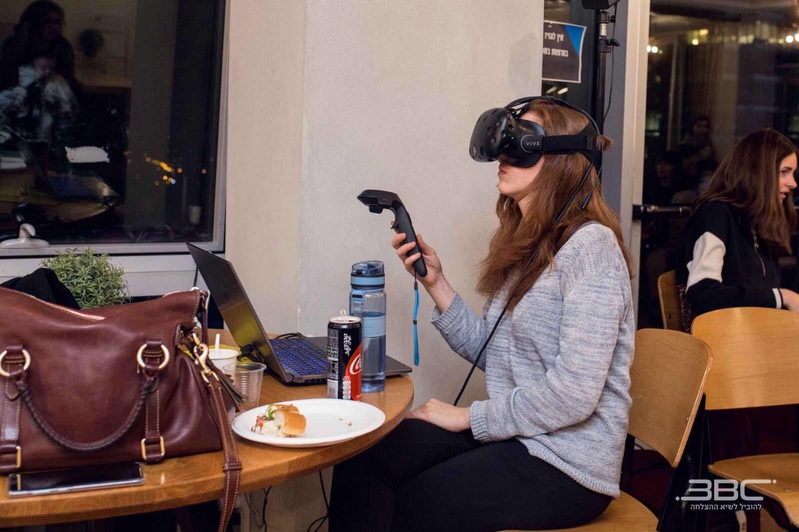חדש ובלעדי: קורס לפיתוח ועיצוב מציאות מדומה ומציאות רבודה 1