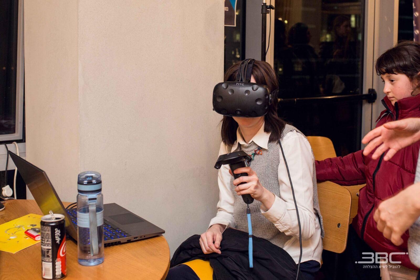 חדש ובלעדי: קורס לפיתוח ועיצוב מציאות מדומה ומציאות רבודה 6